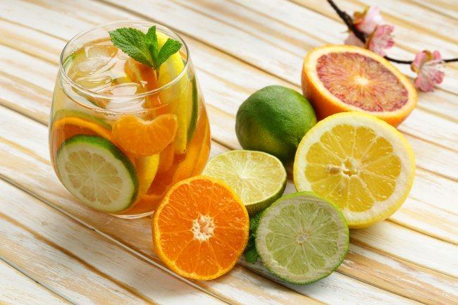 Tất cả những cách làm detox giảm cân với cam khiến bạn hài lòng