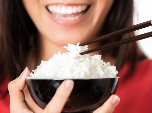 ăn cơm nguội có giảm cân không, ăn cơm nguội giảm cân, ăn cơm nguội giúp giảm cân, ăn cơm nguội để tủ lạnh giảm cân, tại sao ăn cơm nguội giảm cân, cách ăn cơm nguội giảm cân, giảm cân bằng cách ăn cơm nguội, có nên ăn cơm nguội, ăn cơm nguội, ăn cơm nguội có tốt không, cơm nguội ăn có tốt không