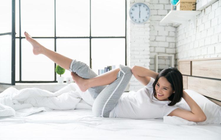 Các bài tập thể dục giảm mỡ bụng trên giường nhanh và hiệu quả