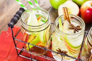 Cách làm detox giảm cân với táo đơn giản và hiệu quả